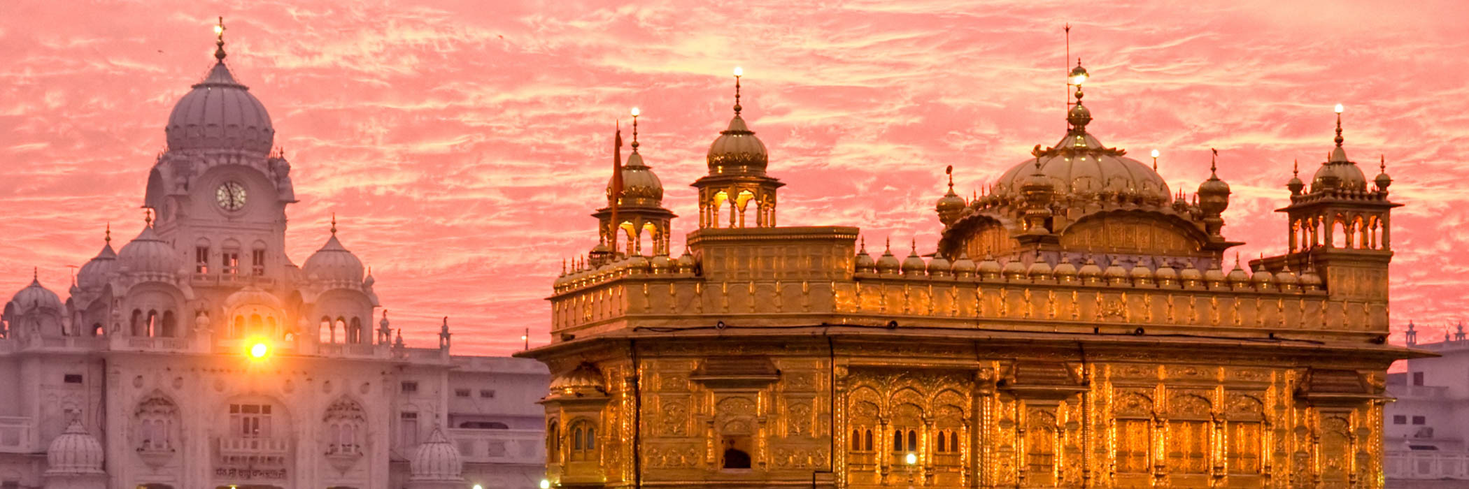Golden Temple at sunset, Amritsar, Punjab, India.